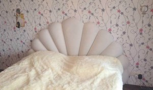 Перетяжка спинки кровати