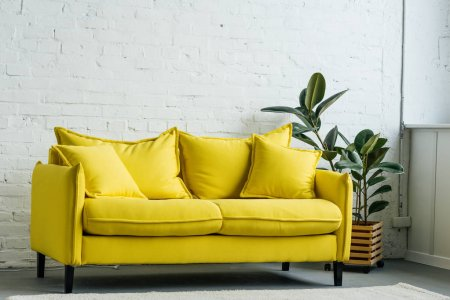 Какой материал выбрать для перетяжки мебели